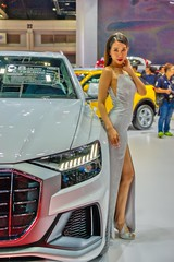 Beautiful presenter with Audi Q8 at the 40th Bangkok International Motor Show at IMPACT Challenger hall in Muang Thong Thani, Nonthaburi (UweBKK (α 77 on )) Tags: 40 40th bangkok international motor show expo exhibition fair impact challenger hall muang thong thani nonthaburi thailand southeast asia sony alpha 77 slt dslr audi q8 beautiful beauty presenter model girl woman fashion style dress