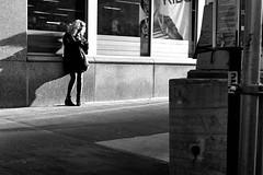 New York City, 2016 (R▲M●S▲) Tags: leicammonochrom leicasummicron50mmf20v 50mm nyc manhattan streetphotography blackandwhite blackwhite candid bw monochrome newyorkcity