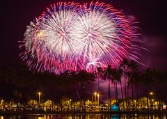 4th of July Fireworks Honolulu Hawaii (Anthony Quintano) Tags: palmtrees fireworks hawaii oahu honolulu magicisland hawaiianislands hawaiitravel travelblogger alamoanabeachpark