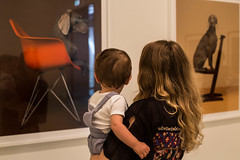 Art lovers (David Redfearn) Tags: art artlovers child infant artgallery nationalgalleryofvictoria canon6d canoneos6d canonef50mm ngv