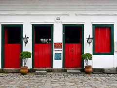 photo3 - Colorful Paraty Doors & Windows (Jassy-50) Tags: photo paraty brazil door window colorful redgreen reddoor margaridacafe margarida cafe restaurant halfdoor