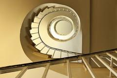 Blond curls (Elbmaedchen) Tags: staircase stairwell stairs stufen treppenauge treppenhaus upanddownstairs interior escaliers escaleras wendeltreppe