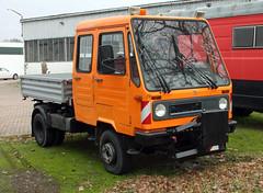 Doka Multicar (Schwanzus_Longus) Tags: stuhr german germany modern vehicle truck small little flatbed crew cab multicar m26