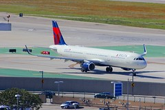 A321 N312DN Los Angeles 21.03.19 (jonf45 - 5 million views -Thank you) Tags: airliner civil aircraft jet plane flight aviation lax los angeles international airport klax delta air lines airbus a321 n312dn