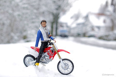 Declan (lichtspuren) Tags: integritytoys colorinfusion declanwake supermodelconvention 16 scale honda enduro bike snow winter white lichtspuren