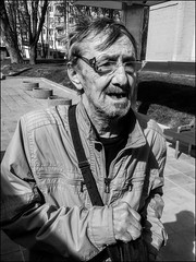 DRP160429_0334h (dmitryzhkov) Tags: phone phonephotography mobile urban city everyday public place outdoor life human social stranger documentary photojournalism candid street dmitryryzhkov moscow russia streetphotography people man mankind humanity bw blackandwhite monochrome cell