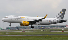 EC-NAE (Ken Meegan) Tags: ecnae airbusa320271n 8467 vueling dublin 142019 vuelingairlines airbusa320 airbus a320271n a320