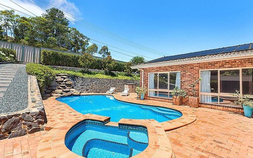 33 Whitty Crescent, Isaacs ACT