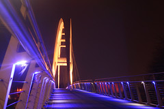 Infinity Bridge Thornaby-on-Tees (jamesdavidboro2) Tags: infinity bridge stocktonintees thornaby river tees teeside bridges neon