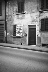 L1045769 (Daniele Pisani) Tags: lenzuola signa protesta smog traffico code file lastra nebbia fuomo fumo strada