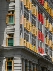 SingaporeRiverColonialDistrict052 (tjabeljan) Tags: singapore asia colonialdistrict singaporeriver colemanbridge oldparliament fullertonhotel themelrion raffles victoriatheatre clarkquay marinabay