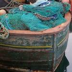 Au port, la proue du chalutier, Ullapool, Ross and Cromarty, Ecosse, Grande-Bretagne, Royaume-Uni. thumbnail