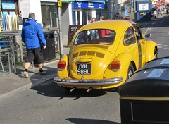 1972 VW Beetle 1302 (occama) Tags: ogl988l vw beetle yellow 1302 1303 1972 sun sunny old car cornwall uk
