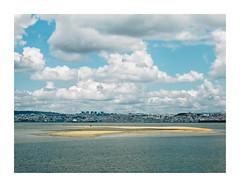 Barreiro, Portugal (Sr. Cordeiro) Tags: barreiro portugal margemsul rio tejo tagus river bancodeareia sandbank nuvens clouds vista view lisboa lisbon panasonic lumix gx80 gx85 14140mm