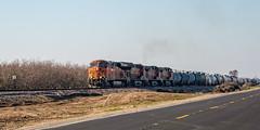 Tanks on Santa Fe Ave (lennycarl08) Tags: burlingtonnorthernsantafe burlingtonnorthernsantaferailroad hughsoncalifornia trains railroad stocktonsub bnsf7441 es44dc