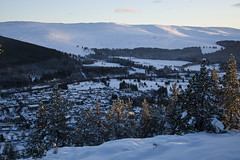 Ballater Below (steve_whitmarsh) Tags: aberdeenshire scotland scottishhighlands highlands craigendarroch winter snow mountain hills glen cairngorms topic