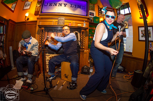 Saturday Unplugged: Sister Suzie & the Right Band