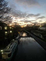 Cruising into the Aviary (marc.barrot) Tags: shotoniphone landscape sunset narrowboat canal uk nw1 london zslaviary camden regent'spark regent'scanal