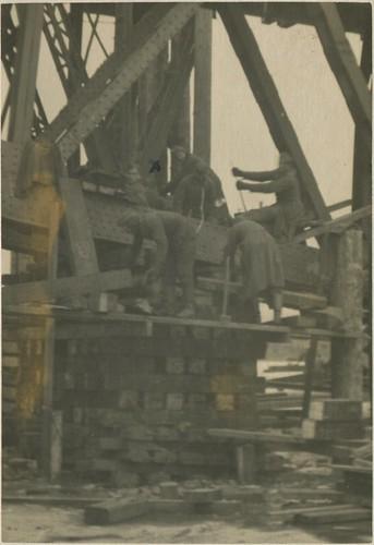 Кременчуг - Железнодорожный мост 1941-1942 007 PAPER2400 [eBay] [Волок А.М.] ©  Alexander Volok