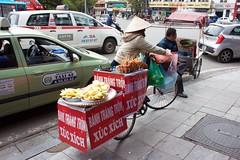 Vietnam (Bob Bain1) Tags: hanoi vietnam travel streetscene vendor street