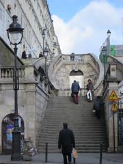 Escalier, rue d'Alsace, Paris Xe (Yvette G.) Tags: 1mois1thème escalier paris paris10