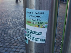 kath., jung, gutauss. (mkorsakov) Tags: münster city innenstadt sticker aufkleber kjg kath katholisch jugendgruppe gladbeck url wtf