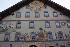 Seefeld 123 (mart.panzer) Tags: seefeld mittenwald village bayern bawaria germany deutschland d paintedhouses lueftlmalerei artisticfacadepainting bawarian frescoes