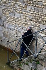 Lutin en marche ! (Tonton Gilles) Tags: alençon normandie gué de sarthe rue crue escaliers rambarde le lutin decouves personnage rivière graphisme mur