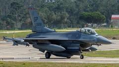 USAF 90-0828 General Dynamics F-16C Fighting Falcon (P.J.V Martins Photography) Tags: usaf lockheed generaldymanics f16 fighterjet fighter military militares aircraft warbird warplane airplane aeroplane flying flight jet usa portugal