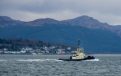 tug boat (Rourkeor) Tags: aytoncross cowalpeninsula dunoon firthofclyde gourock inverclyde mzuikodigitaled12‑100mm140ispro m43 omdem1markii olympus scotland uk boat exhaust hills mft microfourthirds reflections tugboat