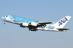 Airbus A380-841 - ANA - JA381A - s/n 262 - Flying Honu - Lani (French Frogs Pix ✈) Tags: airbus a380841 ana ja381a sn flying avion aircraft plane airliner airplane aviation a380 turtle décollage takeoff flyinghonu lani