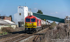 60007 | Attenborough | 28th March '19 (Frank Richards Photography) Tags: the spirit tom kendell 60007 class 60 db class60 tanks oil derbyshire train freight march 2019 28th sun spring red locomotive diesel brush traction 6m57 lindsey kingsbury cemex attenborough beeston uk england nikon d7100