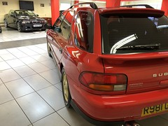 IMG_0321 (deeelux) Tags: red subaru impreza wagon 2000 turbo uk spec 1997 r981gfw