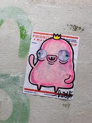 Crowned (svennevenn) Tags: gatekunst streetart bergen barnslig stickers pasteups