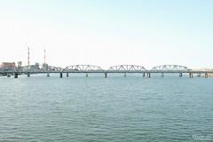 橋 (ちょっと長め) (atacamaki) Tags: xt2 23mm f14 xf fujifilm jpeg撮って出し atacamaki japan shimane gotsu 江津 江の川 江川橋 river bridge sky water 国道9号 島根 橋 nature 日本