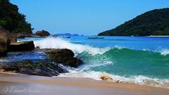 Splash (VCLS) Tags: vcls brasil brazil ubatuba mar marinho sea seascape ilha island valmir ocean oceano onda wave splash natureza nature promirim prumirim céu sky enseada landscape paisagem praia beach