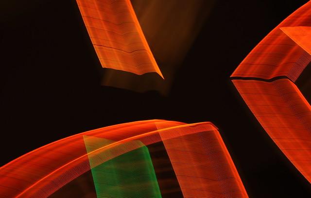 Обои линии, полосы, красный, фон картинки на рабочий стол, фото скачать бесплатно