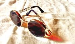 Glasses on linem! (Echeveria62) Tags: lookingcloseonfriday minimalism