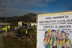63ème jour (Marion Lavabre) Tags: giletsjaunes sainthippolytedufort