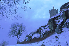 Slottsfjellet (annemwo) Tags: rock tree sky winter february castle snow slottsfjellet tønsberg norway building landscape