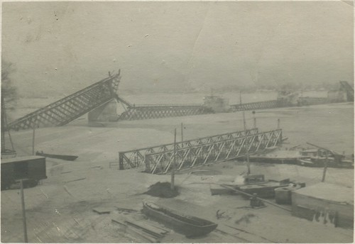 Кременчуг - Железнодорожный мост 1941-1942 005 PAPER2400 [eBay] [Волок А.М.] ©  Alexander Volok