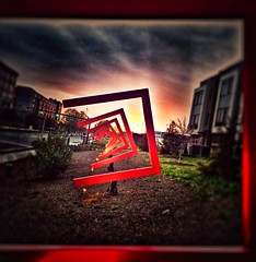 #urban #red (LAKAN346) Tags: red urban focalpoint contrast light visual saturation citylife fierysky surreal
