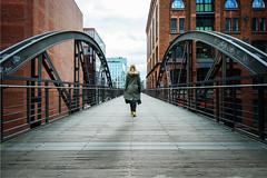 Bridges of Hamburg (frank_w_aus_l) Tags: hamburg anna nikon d800 nikkor 1635 clouds city bridge architecture human humaningeometry geometry depth person speicherstadt steg deutschland de sky red woman symmetry germany
