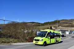 Creissels - Mercedes-Benz Sprinter - 05/02/19 (Jérémy P.) Tags: bus millau creissels aveyron occitanie mercedes mercedesbenz sprinter route arbre bâtiment ciel viaducdemillau viaduc