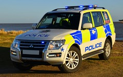 Civil Nuclear Constabulary - Armed Patrol Vehicle (Chris' 999 Pics) Tags: civil nuclear constabulary power station cnc mitsubishi shogun 4x4 off road arv armed response vehicle firearms weapons 999 112 emergency law enforcement suffolk coast beach sea