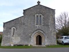 Aizecq, Charente: église paroissiale Saint-Pierre (Marie-Hélène Cingal) Tags: france poitoucharentes sudouest nouvelleaquitaine charente 16 aizecq