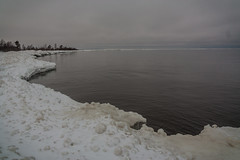 IMG_9023_edit (SPihtelev) Tags: ладога ленинградская область озеро зима лед льды вода маяк