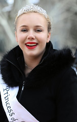 Princess Brooke (wyojones) Tags: montana whitefish feburary wintercarnival woman girl blonde princessofsamsteele princess tiara beautiful beauty lovely cute youngwoman ambassador cranbrook britishcolumbia samsteeledamays royalmountedpolice festival parade sash smile earrings canadian