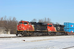 Red and Blue (recekasten) Tags: cn railroad ns signals wisconsin neenah medina junction 446 zebra beast eje bnsf