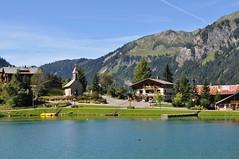Châtel (74) (x-lansade) Tags: savoie hautesavoie lac lake montagne mountain chablais